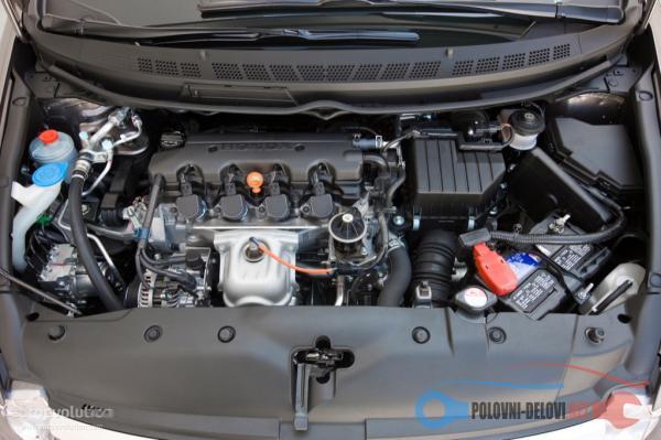 Polovni Delovi Za Honda Civic Delovi Kompletan Auto U Delovima