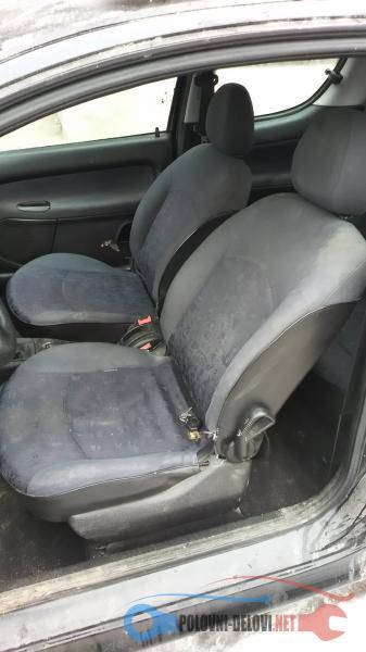 Polovni Delovi Za Peugeot 206 1.4 Enterijer