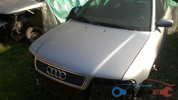 Polovni Delovi Za Audi A4 B5 1,8 Benzin Karoserija