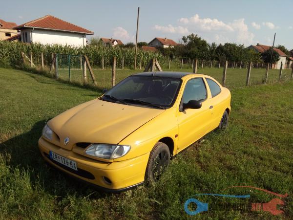 Polovni Delovi Za Renault Megane 1,6 Benzin Razni Delovi