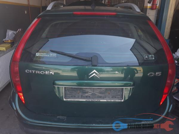 Polovni Delovi Za Citroen C5 2.0 Hdi Kompletan Auto U Delovima