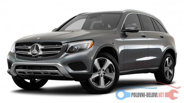 Polovni Delovi Za Mercedes Benz Gla Klasa 180, 200 Kompletan Auto U Delovima