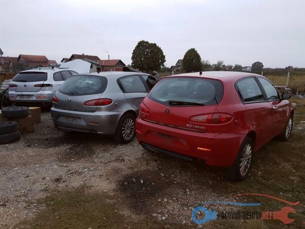 Polovni Delovi Za Alfa Romeo 147 Kompletan Auto U Delovima