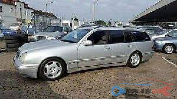 Polovni Delovi Za Mercedes Benz E Klasa Kompletan Auto U Delovima