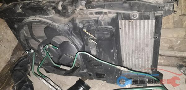 Polovni Delovi Za Peugeot 307 2.0 Hdi Kompletan Auto U Delovima