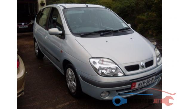 Polovni Delovi Za Renault Scenic 1 Kompletan Auto U Delovima