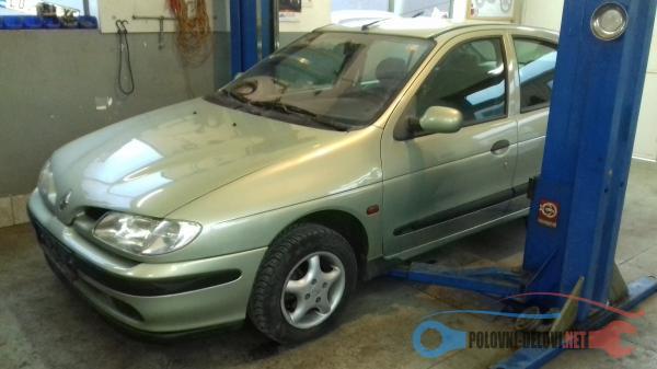 Polovni Delovi Za Renault Megane 1.6 Kompletan Auto U Delovima