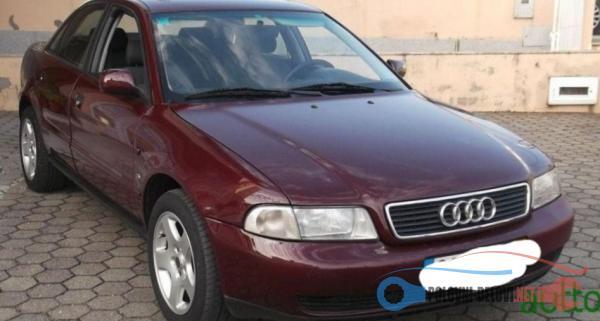 Polovni Delovi Za Audi A4 1.9 Kompletan Auto U Delovima