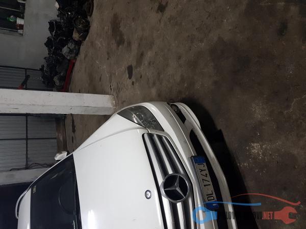 Polovni Delovi Za Mercedes Benz C 220 W204 Kompletan Auto U Delovima