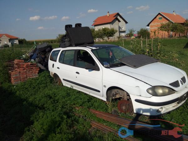 Polovni Delovi Za Renault Megane 1,9 Dti Kompletan Auto U Delovima