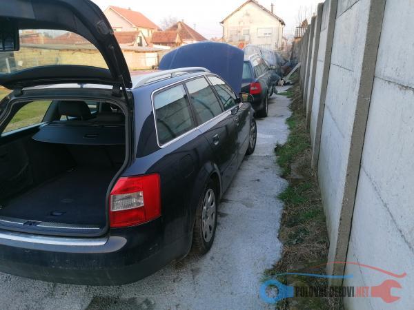 Polovni Delovi Za Audi A4 1.9tdi Kompletan Auto U Delovima