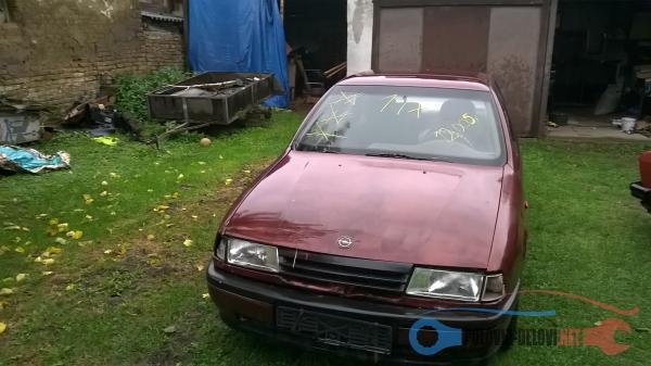 Polovni Delovi Za Opel Vectra A 1,6 Benzin Kompletan Auto U Delovima