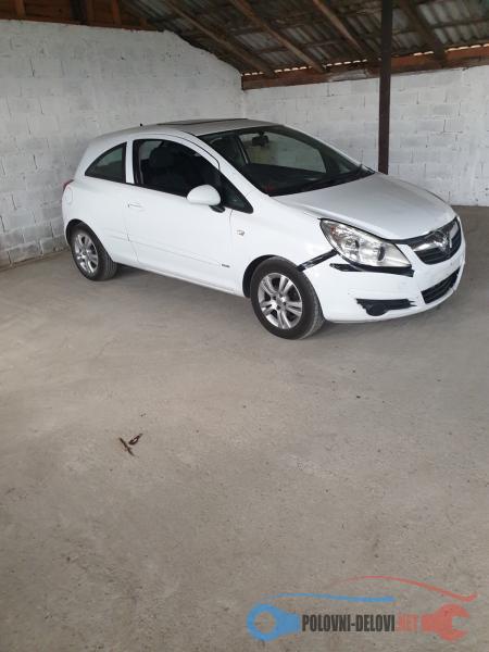 Polovni Delovi Za Opel Corsa D Kompletan Auto U Delovima